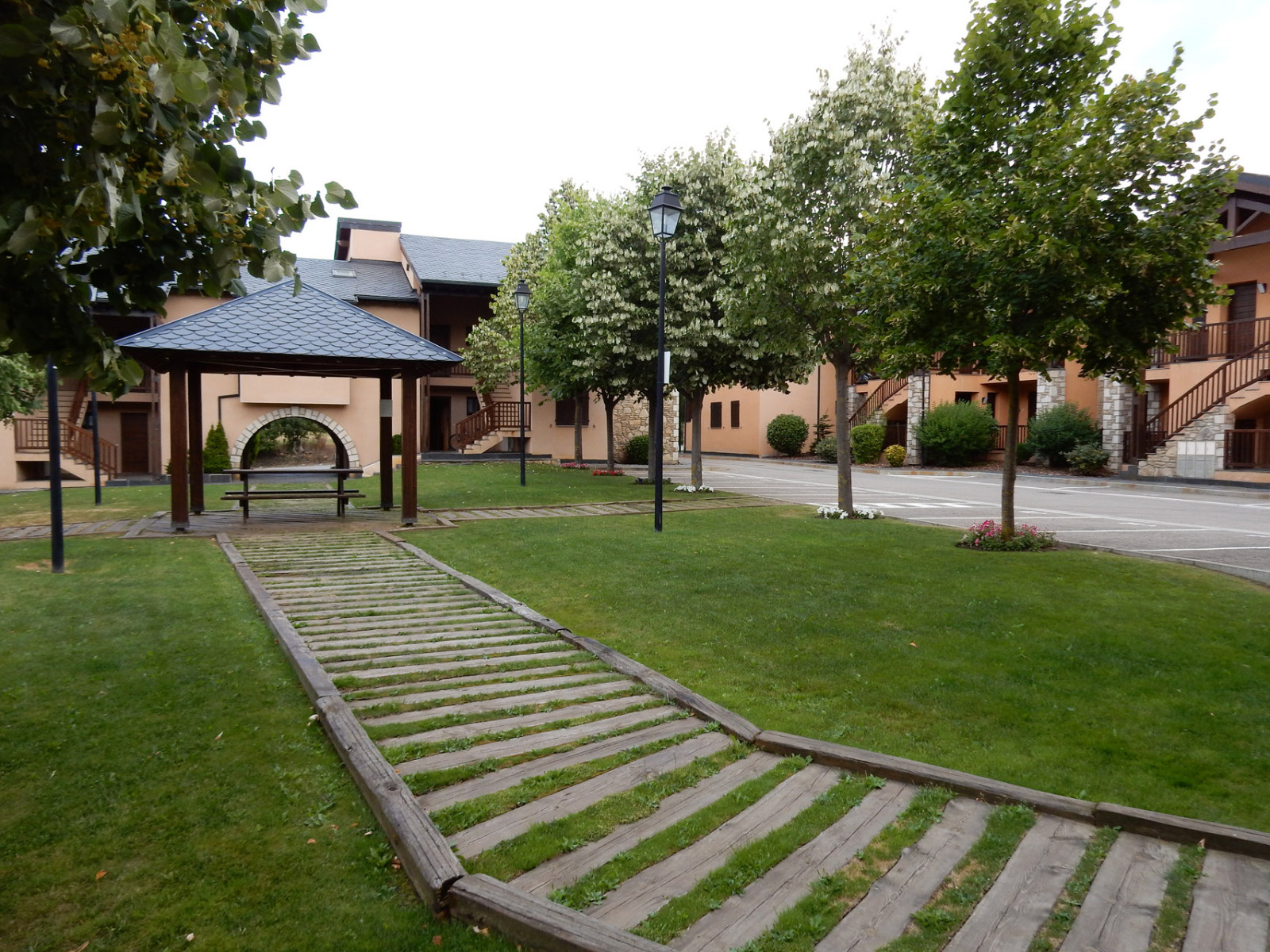 Location en cerdagne bourg madame et environs for Appartement a louer a yverdon et environs