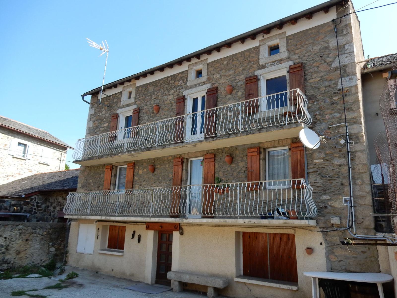 Location en cerdagne bourg madame et environs for Location appartement bordeaux et environs